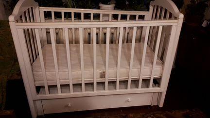 Детская кроватка объявление продам