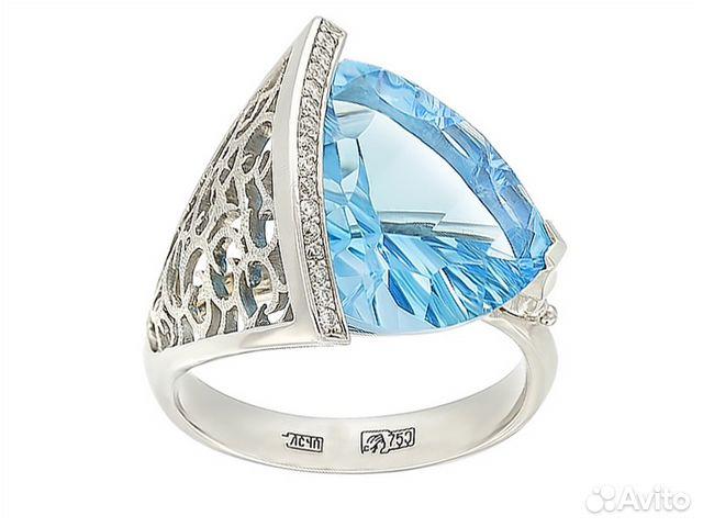 кольцо из белого золота с топазом