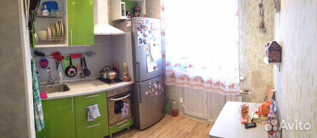 Продается двухкомнатная квартира за 2 300 000 рублей. Кемерово, улица 50 лет Октября, 27.