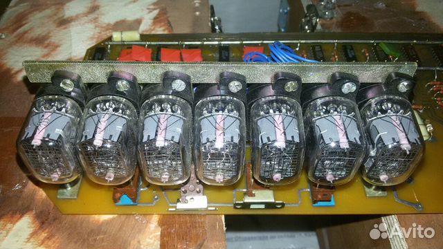 Блок из семи газоразрядных лампы ин-12Б