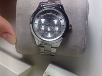 Серебристые часы Michael Kors