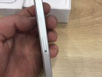 iPhone 5s на 16 гб оригинальный на гарантии