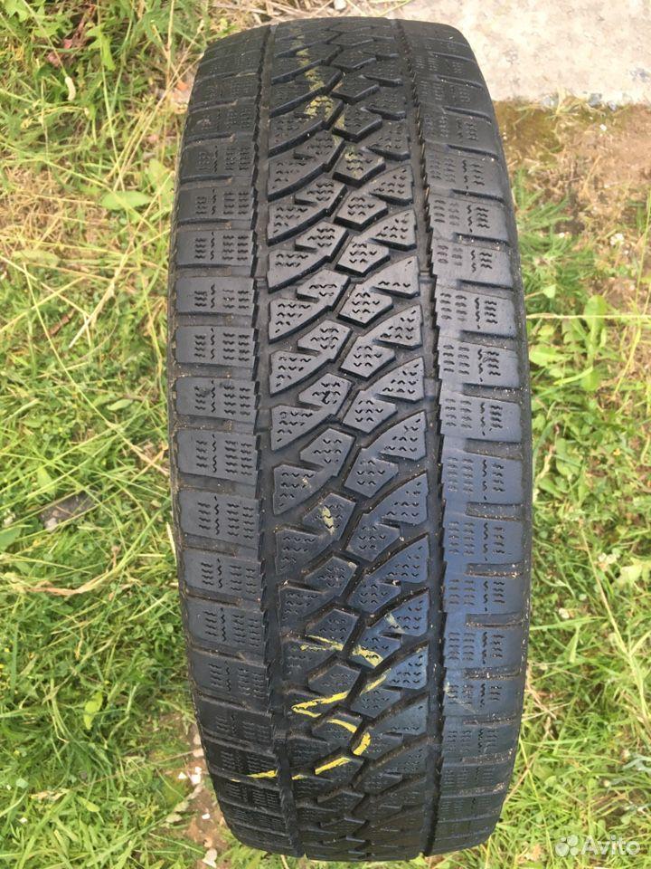 89211101675  195/70 R15C Bridgestone
