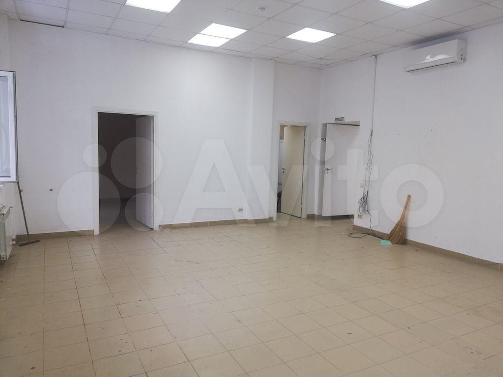 Торговое помещение, 111 м²