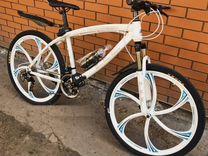 Велосипед BMW на литых дисках в наличии
