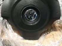 Volkswagen polo sedan 5