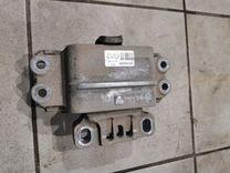 Подушка двигателя левая Volkswagen Golf мк6 1.6 — Запчасти и аксессуары в Казани