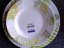 Набор: тарелки и салатники